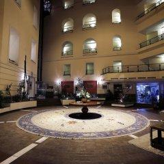 Отель Grand Hotel Yerevan Армения, Ереван - 4 отзыва об отеле, цены и фото номеров - забронировать отель Grand Hotel Yerevan онлайн интерьер отеля