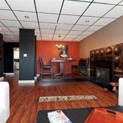 Отель Commercial Drive Accommodations Канада, Ванкувер - отзывы, цены и фото номеров - забронировать отель Commercial Drive Accommodations онлайн интерьер отеля