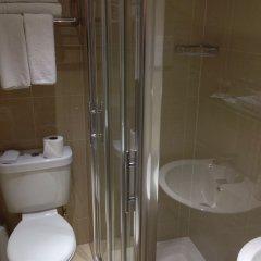 Отель Phoenix Hotel Великобритания, Лондон - 11 отзывов об отеле, цены и фото номеров - забронировать отель Phoenix Hotel онлайн ванная фото 2
