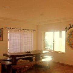Almagreira Surf Hostel фото 17