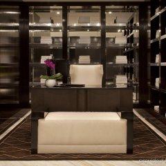 Отель Beverly Hills Marriott спа