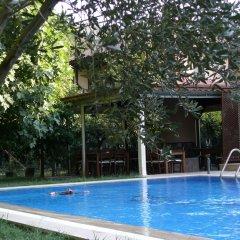 Defne Hotel Турция, Камликой - отзывы, цены и фото номеров - забронировать отель Defne Hotel онлайн бассейн фото 2