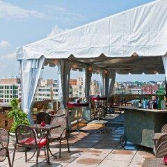 Beacon Hotel & Corporate Quarters бассейн
