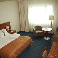 Отель Holiday Inn Vilnius Вильнюс комната для гостей фото 5