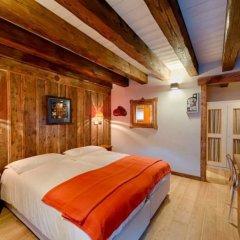 Отель Les Plaisirs d'Antan Италия, Аоста - отзывы, цены и фото номеров - забронировать отель Les Plaisirs d'Antan онлайн комната для гостей фото 2