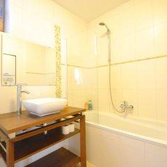 Отель Impasse de la Poupée 4 Брюссель ванная