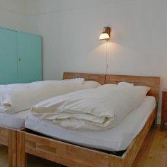 Отель Haus Altein Apartment Nr. 4 - Three Bedroom Швейцария, Давос - отзывы, цены и фото номеров - забронировать отель Haus Altein Apartment Nr. 4 - Three Bedroom онлайн комната для гостей фото 5