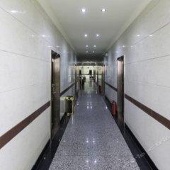 Huilong Hotel интерьер отеля