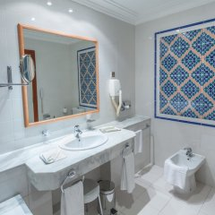 Hotel Africa in Tunis, Tunisia from 64$, photos, reviews - zenhotels.com bathroom photo 2