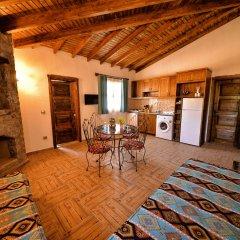 KAY6700 Villa Malhun 2 Bedrooms Турция, Кесилер - отзывы, цены и фото номеров - забронировать отель KAY6700 Villa Malhun 2 Bedrooms онлайн комната для гостей