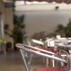 Отель Ciutat de Sant Adria питание фото 2