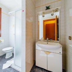 Отель Welc-oM Villa Италия, Абано-Терме - отзывы, цены и фото номеров - забронировать отель Welc-oM Villa онлайн ванная фото 2