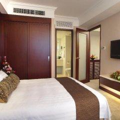 Metropark Hotel Kowloon сейф в номере