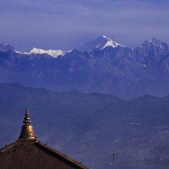 Отель Cosy Hotel Непал, Бхактапур - отзывы, цены и фото номеров - забронировать отель Cosy Hotel онлайн приотельная территория