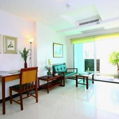 Отель The Laurel Suite Apartment Таиланд, Бангкок - отзывы, цены и фото номеров - забронировать отель The Laurel Suite Apartment онлайн комната для гостей фото 3