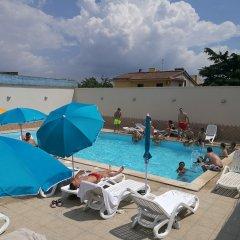 Отель Garden Inn Капуя бассейн фото 3