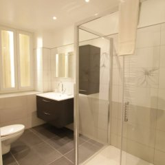 Отель Happy Few - Les Ponchettes Франция, Ницца - отзывы, цены и фото номеров - забронировать отель Happy Few - Les Ponchettes онлайн ванная