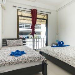 Отель Cozy TownHouse HuaLampong Бангкок комната для гостей фото 2