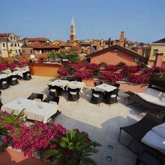 Hotel A La Commedia балкон