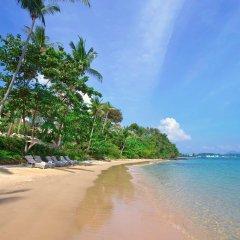 Отель Amatara Wellness Resort Таиланд, Пхукет - отзывы, цены и фото номеров - забронировать отель Amatara Wellness Resort онлайн пляж фото 2