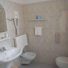 Отель Pellegrino E Pace Италия, Лорето - отзывы, цены и фото номеров - забронировать отель Pellegrino E Pace онлайн ванная
