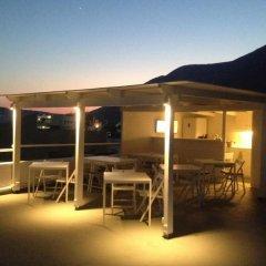 Отель Magma Rooms Греция, Остров Санторини - отзывы, цены и фото номеров - забронировать отель Magma Rooms онлайн гостиничный бар