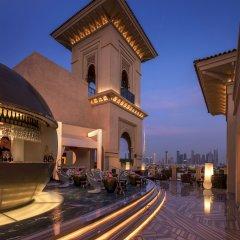 Отель Four Seasons Resort Dubai at Jumeirah Beach гостиничный бар