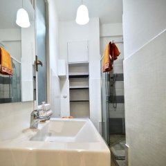 Отель Comoda Casa del Duca Zona Acquario Италия, Генуя - отзывы, цены и фото номеров - забронировать отель Comoda Casa del Duca Zona Acquario онлайн ванная фото 2