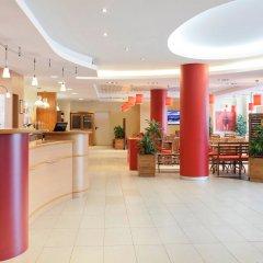 Отель ibis Barcelona Aeropuerto Viladecans интерьер отеля