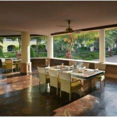Отель The LaLiT Golf & Spa Resort Goa питание фото 3