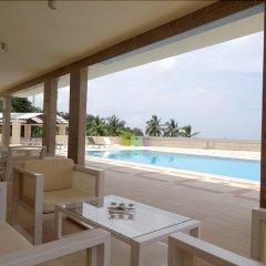 Отель The Hub Hotel Сьерра-Леоне, Фритаун - отзывы, цены и фото номеров - забронировать отель The Hub Hotel онлайн балкон