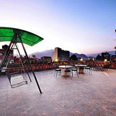 Отель Quay Apartments Thamel Непал, Катманду - отзывы, цены и фото номеров - забронировать отель Quay Apartments Thamel онлайн бассейн фото 3