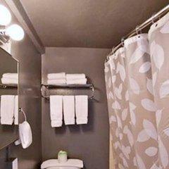 Отель Stay on Main Hotel США, Лос-Анджелес - 9 отзывов об отеле, цены и фото номеров - забронировать отель Stay on Main Hotel онлайн ванная