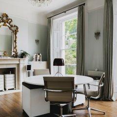 Отель onefinestay - Hampstead private homes удобства в номере