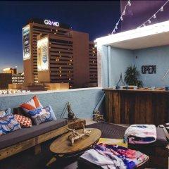 Отель Oasis at Gold Spike США, Лас-Вегас - отзывы, цены и фото номеров - забронировать отель Oasis at Gold Spike онлайн развлечения