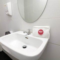 Отель Nida Rooms Khlong Toei 635 Gallery Бангкок ванная