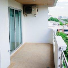 Апартаменты Laidback Place Apartment Бангкок балкон