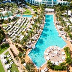 Отель Fontainebleau Miami Beach бассейн фото 3