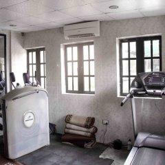 Отель ED Scob Suites Limited фитнесс-зал