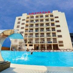 Гостиница Эмеральд бассейн
