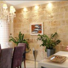 Отель Mediterranea Мальта, Марсаскала - отзывы, цены и фото номеров - забронировать отель Mediterranea онлайн интерьер отеля