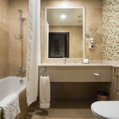 Отель Hilton Garden Inn Riyadh Olaya ванная
