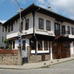 Отель Kazasovata Guest House Болгария, Трявна - отзывы, цены и фото номеров - забронировать отель Kazasovata Guest House онлайн парковка