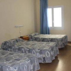 Отель Hostal Ribagorza комната для гостей фото 2