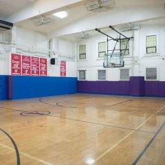 Отель Green Point YMCA спортивное сооружение