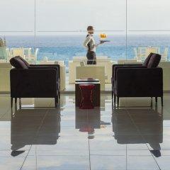 King Evelthon Beach Hotel & Resort гостиничный бар фото 2