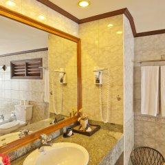 Отель Royal Island Resort And Spa ванная