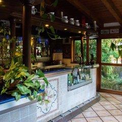 Отель Seven Hills Village Рим бассейн