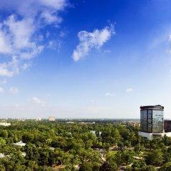 Отель Le Meridien New Delhi Нью-Дели