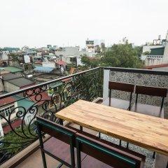 Отель Хостел Babylon Garden Inn Вьетнам, Ханой - отзывы, цены и фото номеров - забронировать отель Хостел Babylon Garden Inn онлайн балкон